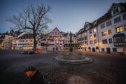 Im Sommer passt es, doch in der kalten Jahreszeit würden sich die Gewerbler am Gallusplatz noch mehr Passanten wünschen. (Bild: Urs Bucher)