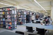 Derzeit befindet sich die grosse Bibliothek von Kanton und Stadt in einem Provisorium in der Hauptpost. (Bild: Urs Bucher)