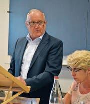 Präsident Josef Schurtenberger führt speditiv durch die Rechnungs- und Budgetversammlung der Kath. Kirchgemeinde. (Bild: Monika Wick)