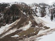 Über einen Monat nach dem Lawinenunglück wurden am Donnerstag die sterblichen Überreste des noch vermissten vierten Opfers gefunden. (Bild: Kantonspolizei Wallis)