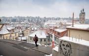 Freie Sicht auf das Unesco-Weltkulturerbe: In dieser Baulücke am Mühlensteg 8 soll ein Wohngebäude entstehen. (Bild: Urs Bucher)