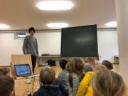 Nemo beim Musikunterricht in Fischingen. (Bild: PD)