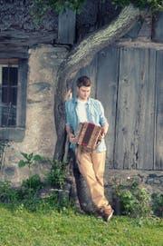Adrian Würsch spielt Jazz auf dem Schwyzerörgeli. (Bild: PD)