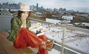 Der New Yorker Musiker und Künstler Adam Green bringt morgen neben der Gitarre seinen Film «Aladdin» mit. (Bild: Rough Trade)