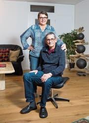 Anita und Werner Baselgia in ihrer Wohnung im Westen der Stadt St. Gallen. (Bild: Urs Bucher)