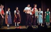 Waschbrettbauch? Waschbrett-Bauch! Beim Hitzigen Appenzeller Chor wird das Konzert zur Comedy-Show. (Bild: Christof Gruber)