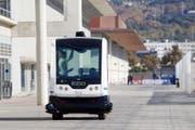 """Selbstfahrende Autos, wie hier am """"Smart City Expo World Congress"""" in Barcelona, könnten bald auch in der Ostschweiz Realität werden. (Bild: Keystone)"""