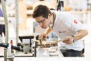 Der Thurgauer Schreiner Sven Bürki ist einer von drei Goldmedaillengewinnern an den WorldSkills, die aus der Ostschweiz kommen. (pd)