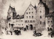 Das Rathaus mit den zwei Bögen des Eingangs 1835 von der Seite des Marktplatzes her gesehen. Links das Ira-Tor, rechts der Gefängnisturm. (Bild: Stadtarchiv der Ortsbürgergemeinde SG)