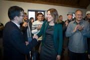 Sie hat es geschafft: Sonja Lüthi nimmt Gratulationen entgegen. (Bild: Ralph Ribi)