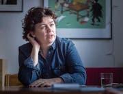 Daniela Truffer prangert medizinische Praktiken und Operationen an, die Zwittern nicht die Wahl lassen, wie sie leben möchten. (Bild: Michel Canonica (Zürich, 11. Januar 2018))