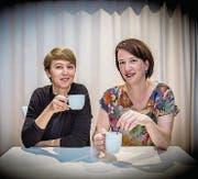 Für einen deutschen Musicalpreis nominiert: Die Schneiderinnen Kathrin Baumberger und Karin Bischoff (rechts). (Bild: Urs Bucher)
