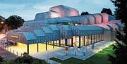 Das Theater Winterthur, ein kühner Beton-Stahlbau von 1979, widerspiegelt das Selbstvertrauen der Industriestadt. (Bild: Theater Winterthur)