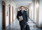 Gute Nachrichten im Gepäck: Der St. Galler Finanzchef Benedikt Würth gestern in der Pfalz. (Bild: Ralph Ribi (St. Gallen, 19. März 2018))