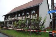 In diesem Haus im Weiler Löwenhaus in Kümmertshausen wurde der IV-Rentner getötet. (Archivbild) (Bild: NANA DO CARMO)