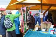 Kleines Markttreiben an der Schweizer Meisterschaft der Hütehunde. (Bild: Daniela Ebinger)