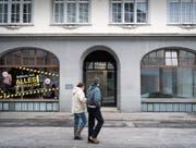 Endgültiger Ausverkauf und ein bereits leeres Ladenlokal an der St. Galler Kugelgasse. (Bild: Benjamin Manser (2. März 2018))
