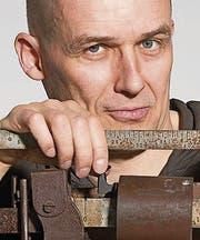 Jens Nielsen: Autor und Kabarettist. (Bild: Mirco Rederlechner)