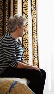 Viele Familien oder Einzelpersonen sind mit der Pflege von Angehörigen überfordert und holen sich zu spät Hilfe. (Bild: Getty)