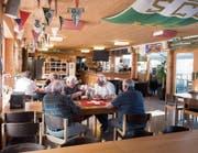 Soll aufgefrischt werden: Die «Kronen-Lounge» im Paul-Grüninger-Stadion des SC Brühl. (Bild: Ralph Ribi)