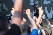 Trotz hoher Gage: Die treue Anhängerschaft von Depeche Mode, hier 2013 im Berner Wankdorf, reduziert die Gefahr eines neuen Metallica-Debakels. (Bild: Marcel Bieri (KEYSTONE))