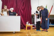 Das Komiktheater in Aktion: Silas Obertüfer, Markus Heim, Samuel Bickit und Olli Hauenstein (von links). (Bild: Benjamin Manser)