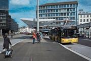 Die Postauto AG verlangte für ihre Fahrten jahrelang zu viel Subventionen. (Bild: Benjamin Manser)