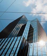 Wer das Büro von Stadtpräsident Scheitlin im 11. Stock übernimmt, entscheidet sich im Herbst 2019. (Bild: Urs Jaudas (17. April 2011))