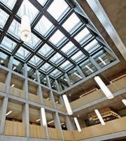Bibliothek der Fachhochschule St. Gallen. (Bild: Hanspeter Schiess)