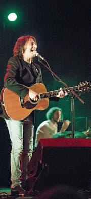 Pippo Pollina sang am Samstag in der Bitzihalle. (Bild: Thi My Lien Nguyen)