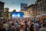 Musig uf de Gass 2014: Die OpenAir Bühne beim Vadiandenkmal. (Bild: Michel Canonica)