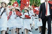 Am Kinderfest 2015 war nach einer längeren Pause die St. Galler Textiltradition wieder allgegenwärtig. (Bild: Donato Caspari)