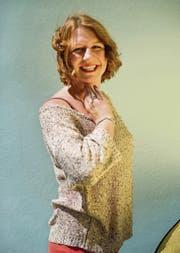 Rebecca C. Schnyder wirft in ihrem ersten Roman einen düsteren Blick in die Seele einer Jungautorin. (Bild: Coralie Wenger)