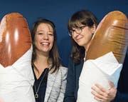 Monika Gojkovic (links) und Sonja Bloch wollen mit ihrer App die Vielfalt der Stadt St. Gallen aufzeigen. (Bild: PD)