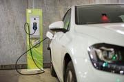Ein aktuelles Thema der Autoshow an diesem Wochenende ist die Elektromobilität. (Bild: Urs Bucher)