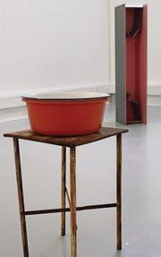 Überraschendes hinter Alltäglichem – ein roter Faden in der Kunst David Bürklers. (Bild: Martin Preisser)