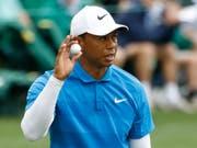Tiger Woods ist dabei, endlich wieder eine Saison ohne gesundheitliche Rückschläge zu absolvieren (Bild: KEYSTONE/AP/CHARLIE RIEDEL)