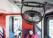 Ventilatoren verteilen die Duftkomposition im Zug, je nach Höhenlage verändert sich der Geruch. (Bilder: Hanspeter Schiess)