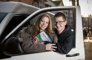Isabel Weideli und Martin Eigenmann gehen auf Europatour im Bus – gleich nach der Hochzeit. (Bild: Ralph Ribi (St. Gallen, 24. Januar 2018))