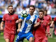 Fabian Schär und Deportivo La Coruña droht der Abstieg (Bild: KEYSTONE/EPA EFE/CABALAR)