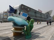 "Blick auf ein Gebäude vom Studiokomplex ""Qiangdao Movie Metropolis"" (Bild: KEYSTONE/EPA/WU HONG)"