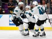 Die Sharks bejubeln ihren Auswärtssieg in Vegas (Bild: KEYSTONE/AP/JOHN LOCHER)
