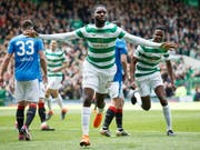 Odsonne Edouard feiert den 49. Meistertitel von Celtic Glasgow (Bild: KEYSTONE/EPA/ROBERT PERRY)