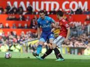 Granit Xhaka führte Arsenal gegen Manchester United als Captain auf das Feld (Bild: KEYSTONE/AP/RUI VIEIRA)
