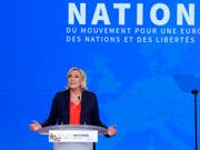 Macht sich Hoffnungen im Hinblick auf die Europawahlen: Front-National-Chefin Marine Le Pen in Nizza. (Bild: KEYSTONE/EPA/SEBASTIEN NOGIER)