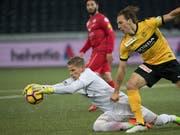 Goalie Matthias Minder (am Ball) wechselt von Winterthur zum Super-League-Aufsteiger Neuchâtel Xamax (Bild: KEYSTONE/MARCEL BIERI)