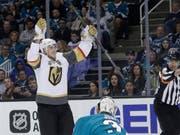 Nach dem dritten Spiel jubelten wieder die Vegas Golden Knights (Reilly Smith, hinten) (Bild: KEYSTONE/AP/JEFF CHIU)