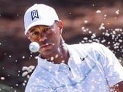 Tiger Woods misst sich in Florida mit der Weltelite (Bild: KEYSTONE/EPA/ERIK S. LESSER)