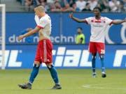 Ende der Bundesliga-Tradition: Der HSV (mit Bobby Wood) steigt erstmals ab (Bild: KEYSTONE/AP/MICHAEL SOHN)