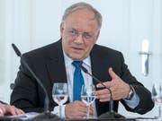Wirtschaftsminister Johann Schneider-Ammann räumt in einem Interview Kommunikationsfehler ein. (Bild: KEYSTONE/MARCEL BIERI)